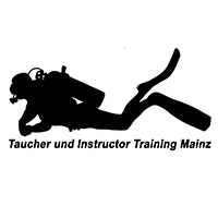 Taucher und Instructor Training Mainz